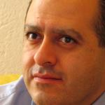 Ernesto Piedras en presentación del Nokia E72