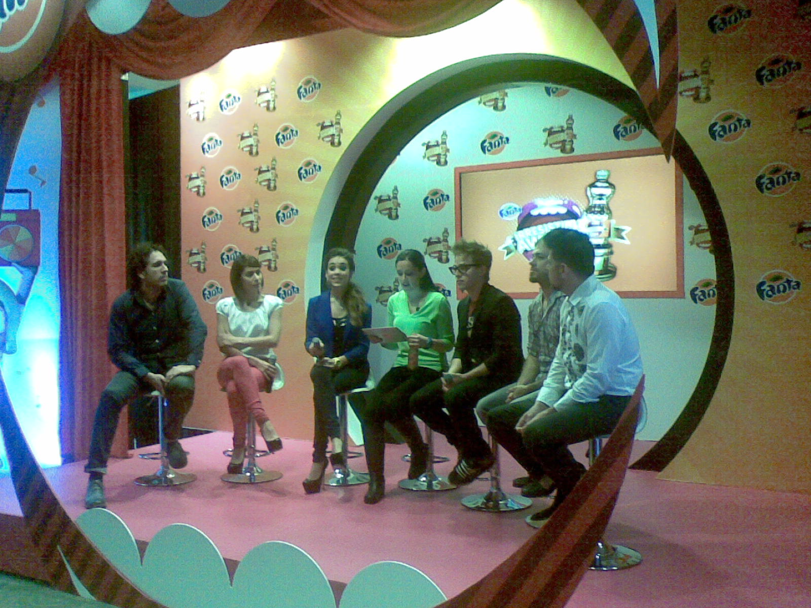 Playa Limbo, Cecilia de la Garza, Dana Paola y Yurem en la conferencia de prensa