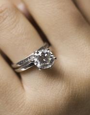 78056c6b3b6c Tiffany demanda a Costco por 2 millones de dólares