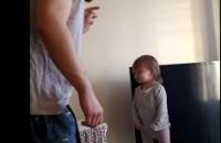 Viral: La pequeña Lola arrasa en YouTube discutiendo con su padre