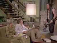 """El anuncio de Snickers para el Super Bowl une a """"Machete"""" con la Familia Brady"""
