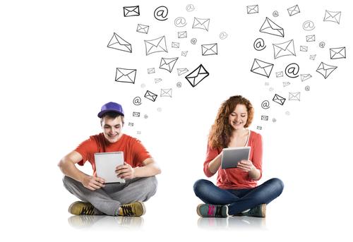 72% de las personas buscan pareja en redes sociales