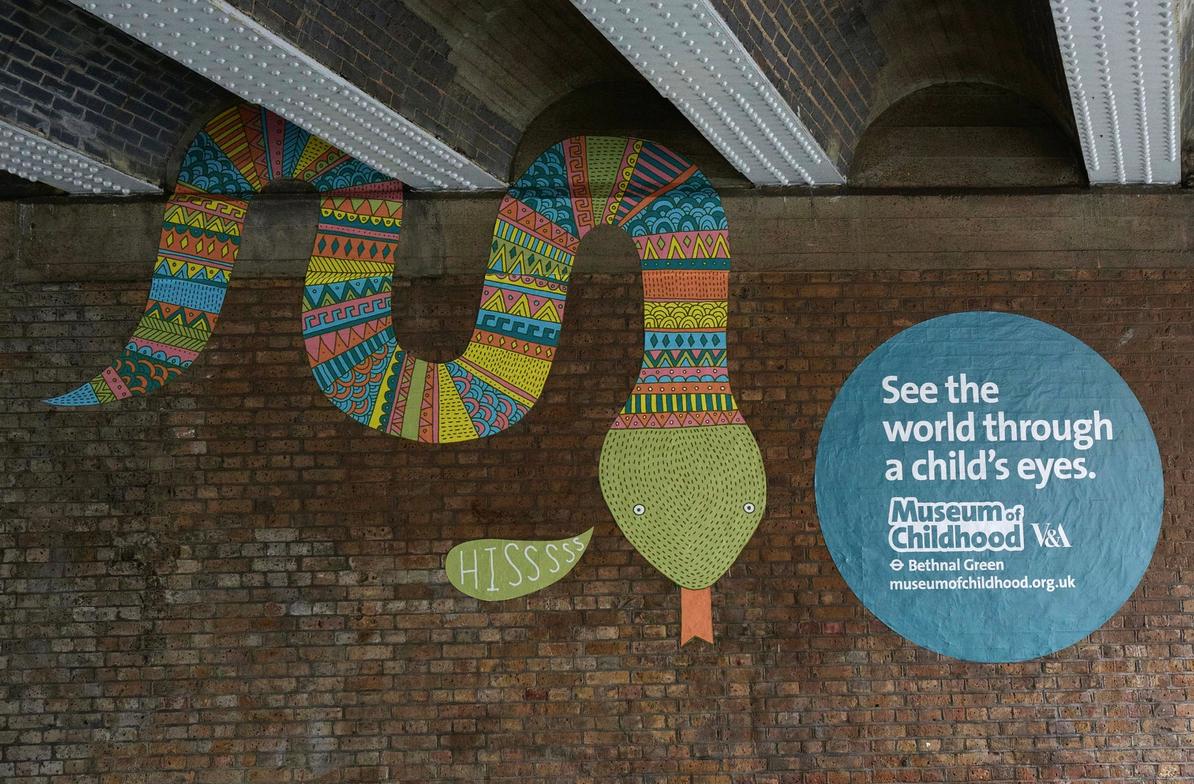 Atractiva campaña de street art para publicitar un museo