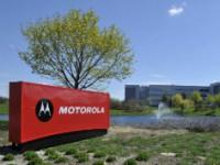 """Claro y Motorola vuelven a ser """"amigos"""""""