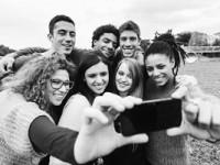 La mitad de los jóvenes españoles ha sido dependiente de las redes sociales alguna vez