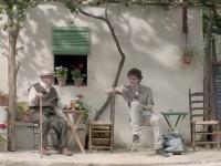 El cineasta español Bayona celebra los 125 años de la cerveza San Miguel con este spot