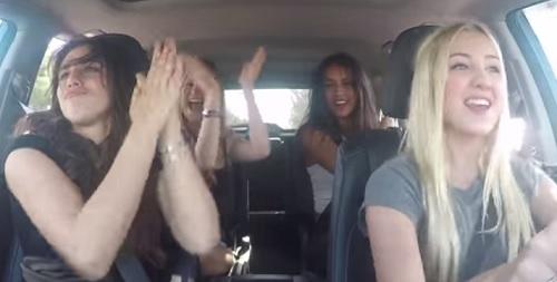 chicas coche