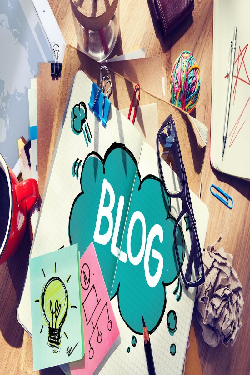 Estrategias de Marketing y Publicidad Bigstock-Social-Media-Connecting-Blog-C-81127106
