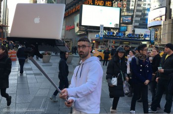 Selfie stick laptop 2