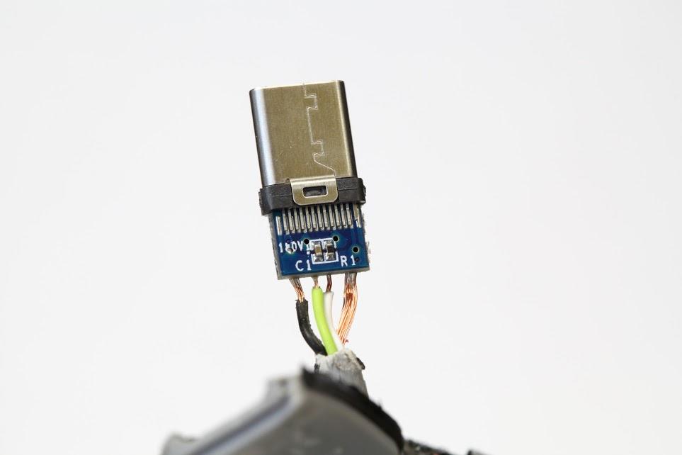 USB TipO C Defectuoso 2