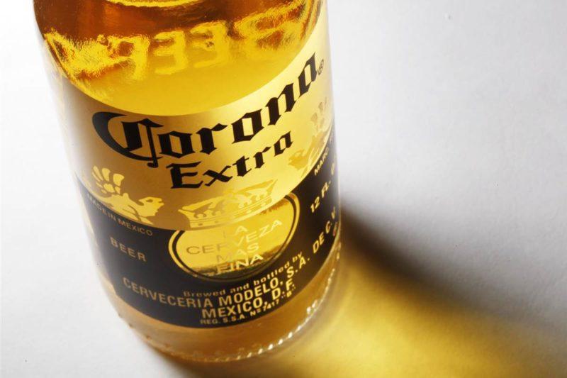 Cerveza Corona-Bigstock