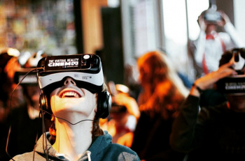 Realidad Virtual-Samsung-Virtual Cinema-Instagram
