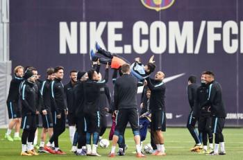 Nike y el FC Barcelona a todo esplendor en emotivo instante. Imagenl: Twitter.