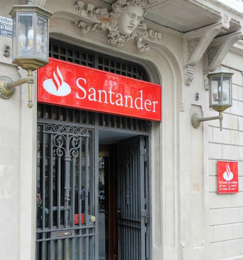 Santander anunci despidos y el cierre de 400 sucursales for Oficina santander madrid