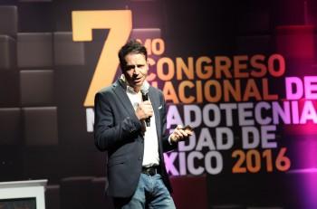 Congreso Nacional de Mercadotecnia 2016 Eric Descombes FCB