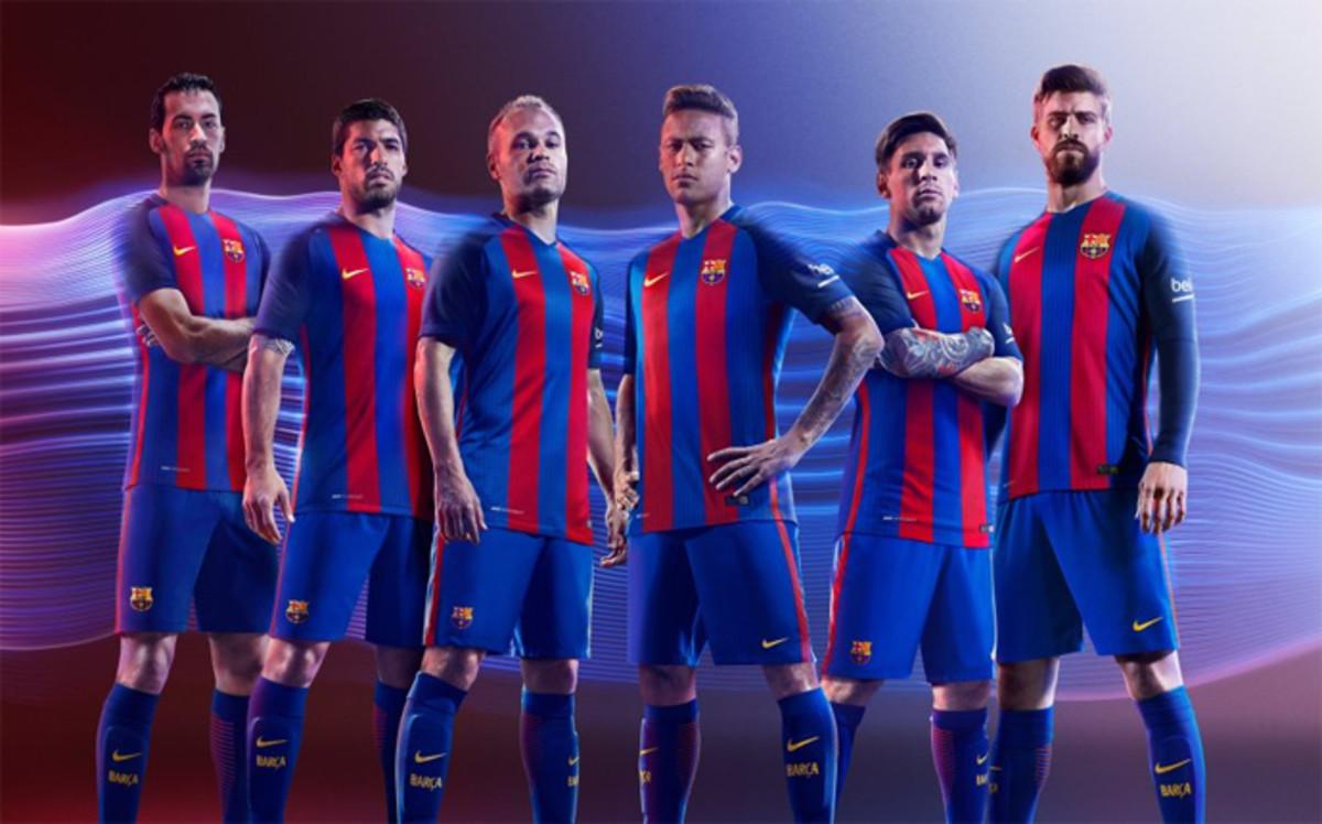 Filtran la imagen de la nueva camiseta del Barça sin patrocinador ... 2cdb81ff9d300