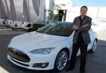 Elon Musk Tesla-marketing