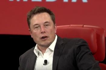 Elon Musk-Tesla-Apple-Recode-YouTube
