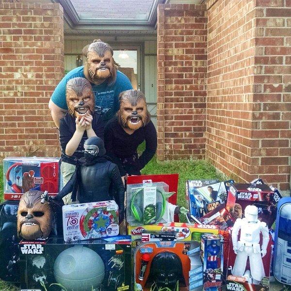 Esta es la fortuna que la mamá de la máscara de Chewbacca ha logrado con video