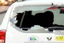 Imagen de los disturbios en Colombia en 2016 contra los autos de Uber.