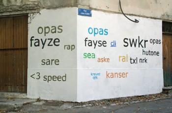 Grafitis en helvetica