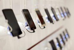 Huawei-Apple-Google-Samsung-smartphone