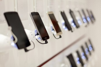many new modern mobile phones in showroom