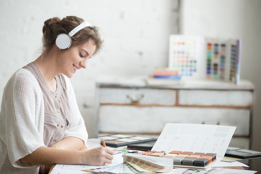Young Woman-Music-Bigstock