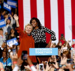 hillary-clinton-michelle-obama-twitter