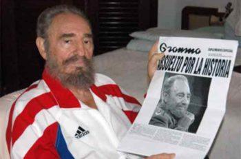 Luego de salir de su operación en agosto de 2006, esta fue la primera imagen del exllíder cubano.