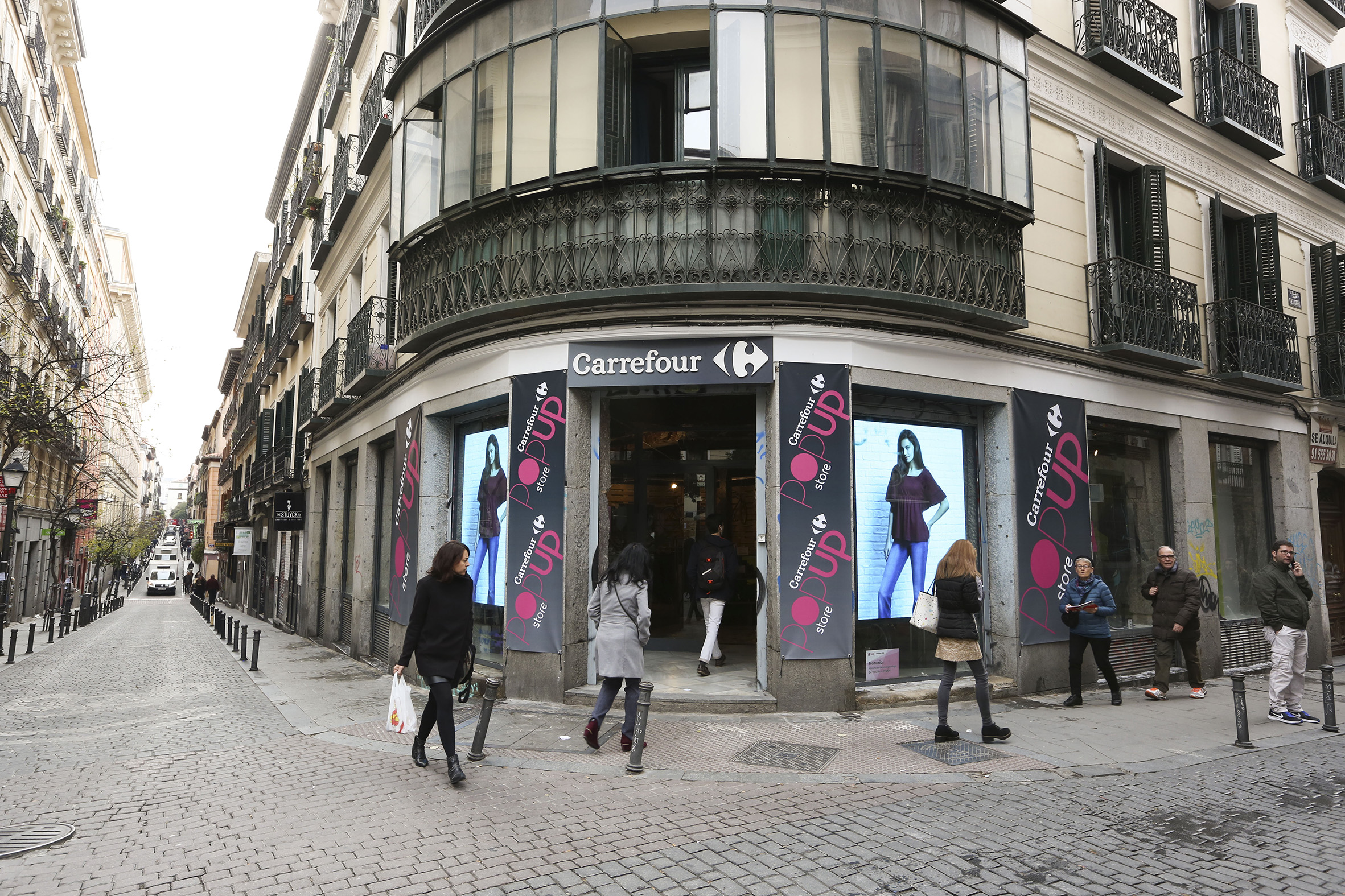 carrefour-pop-up-store-4