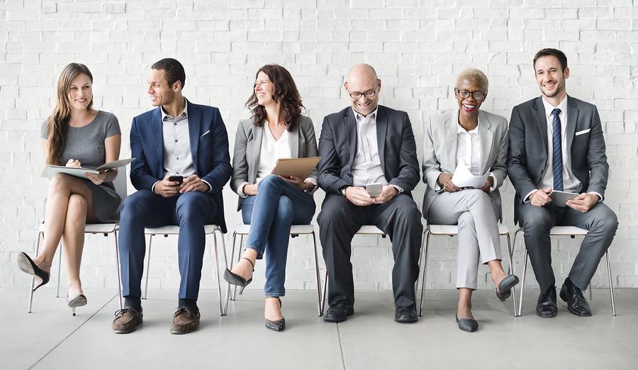 Human Resources-entrevista-Bigstock