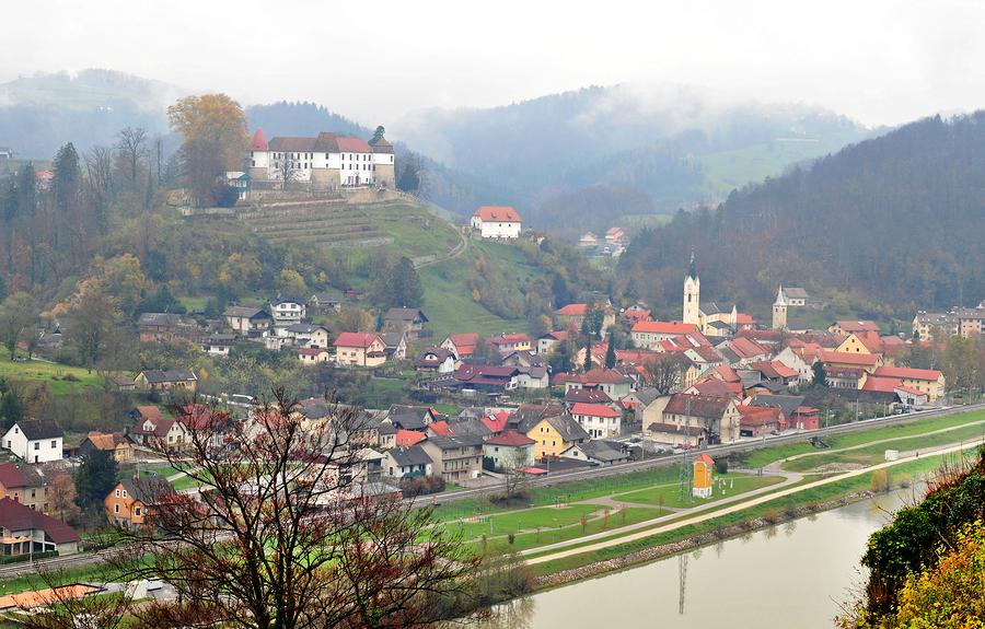 Sevnica, Eslovenia, el pueblo donde Melania Trump pasó su niñez. Imagen: Bigstockphoto.
