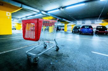 bigstock-retail_gasolinazo_162682142
