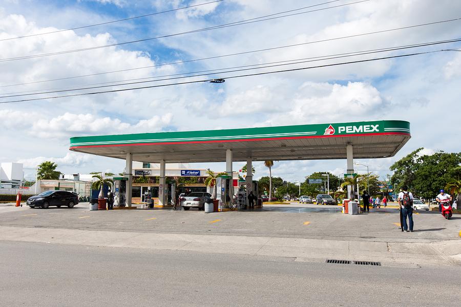 Pemex firma acuerdo de suministro de combustible con Hidrosina