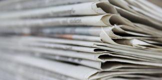 periódicos_apilados