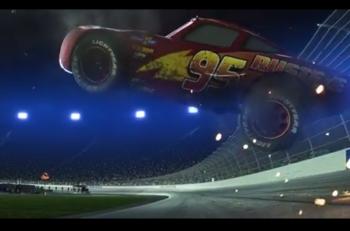 pixar-disney-cars-3-rayo-mcqueen-youtube
