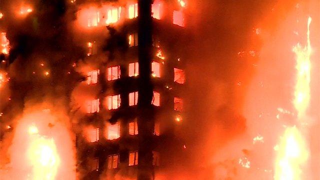 Se elevan a 17 las víctimas del incendio en Londres, se temen más fallecidos