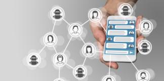 Chatbot-smartphone-Bigstock