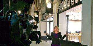 Apple-iPhone 8-ABC-Chelsea Edwards
