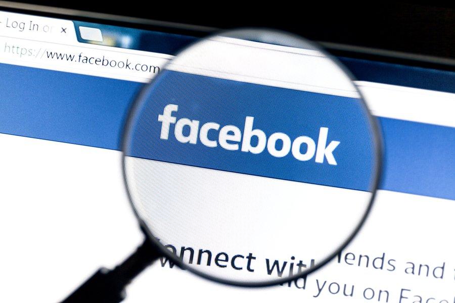 Opción de fondos de colores para los comentarios — Facebook