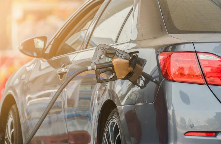 Gasolina no aumentará precio: director de Pemex