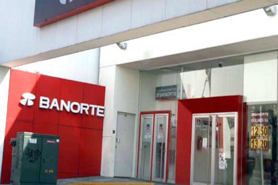 Rumoran fusión de Interacciones y Banorte