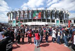 Patriots-Raiders-NFL-Mexico-02