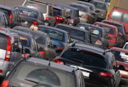 Cae venta de autos