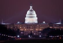 Casa Blanca de Noche