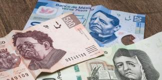 PESOS TRISTES-bancos-dólar