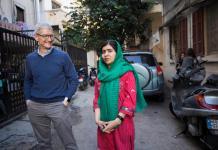 Tim Cook-Malala Yousafzai-Apple
