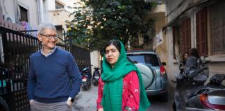 Tim Cook-Malala Yousafzai-Apple
