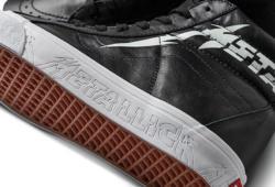 Vans-Metallica-BlackTrueWhite-02